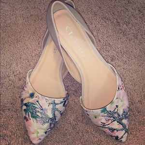 CL Chinese Laundry printed flats